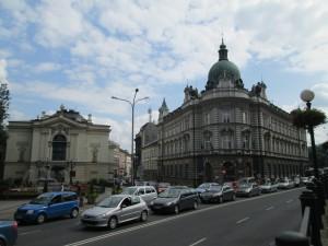 劇場と郵便局